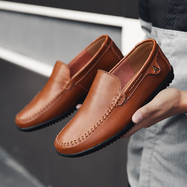 2019 New Mens Shoes Genuine Leather Men Casual Slip On Loafers Shoes Men Luxury Brand  Moccasin Driving Shoes Flat Male Big Size