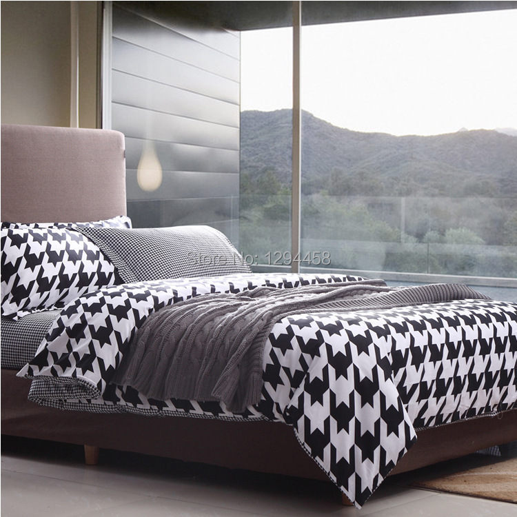 The new simple bed linen cotton black and white fashion for Minimalist bed sheets