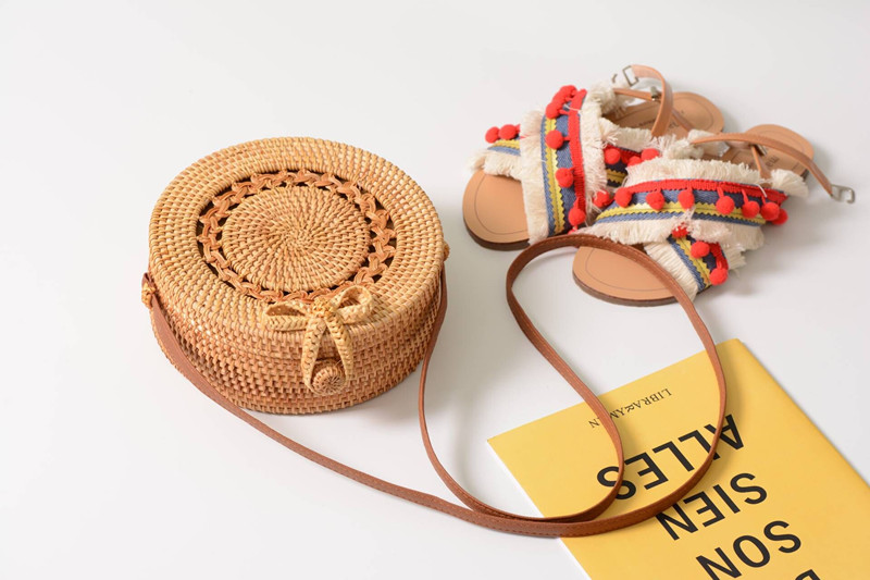 18 Round Straw Bags Women Summer Rattan Bag Handmade Woven Beach Cross Body Bag Circle Bohemia Handbag Bali 5