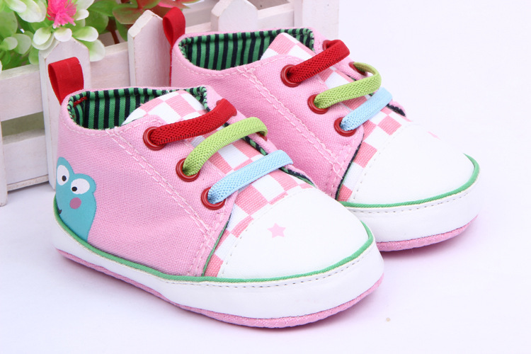 Hot Saling Baby Shoes Kids Cotton First Walkers Baby toddler shoes, soft bottom frog prince design