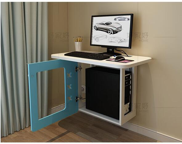 Kleine familie model slaapkamer muur computer bureau. opknoping