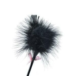 Image 5 - ארוטיים Bdsm נוצת דגדג שוט שעבוד להעניש פטיש עור הלקאה ההנעה לשחק מלקת צעצועי מין עבור מאהב רכיבה יבול פוני