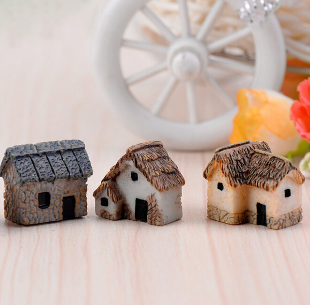 House Figurine resin craft home decor miniature fairy garden Car decoration accessories modern Cartoon Animal Building statue 3