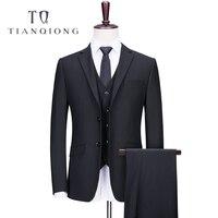 Тянь QIONG бренд индивидуальный заказ костюм Нарядные Костюмы для свадьбы для Для мужчин Костюмы 80% полиэстер тонкий Нежный мужские черные ко