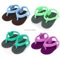 Nuevos zapatos de bebé Recién Nacidos Zapatos Del Niño del Ganchillo de lana hilados de Algodón Carácter niños Bebés zapatos 1 par 4 colores
