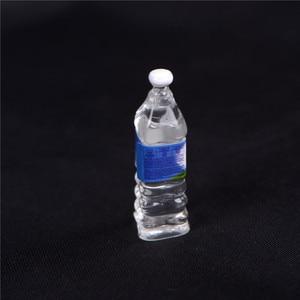 Image 3 - Кукольная еда в масштабе 1:6, 4 шт., Миниатюрная игрушка для кукольного домика с минеральной водой, аксессуары для кухни, гостиной, ролевые игрушки, подарок для детей