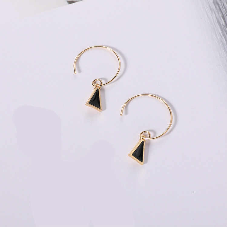 Hot Sale Earrings Punk 2017 New Fashion Earrings Compact Personality Simple Geometric Triangle Ladies Earrings Wholesale Sales