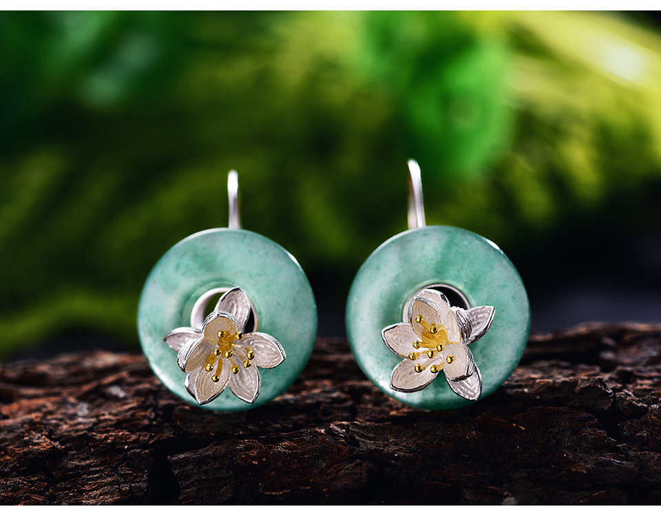 LFJB0095-Lotus-Whispers-Drop-Earrings_04