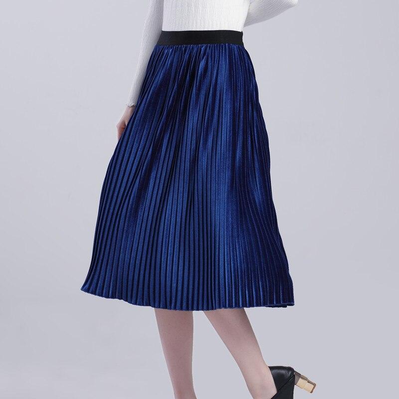 TONGMAO 2017 Spring and Autumn New Womens Half Skirt Simple Fashion Solid color Velvet Pleated Skirt Elastic waist Short Skirt