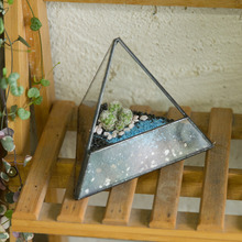Modern Small Landscape Pyramid Glass Geometric Terrarium DIY Tabletop Succulent Plant Box Container Decorative Flower Pot Bonsai