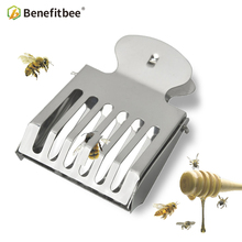 BENEFITBEE 2pc Beekeeping Tool Queen Bee Cages Catcher Stainless Steel Catchers Clip Beekeeper Apiculture Tools