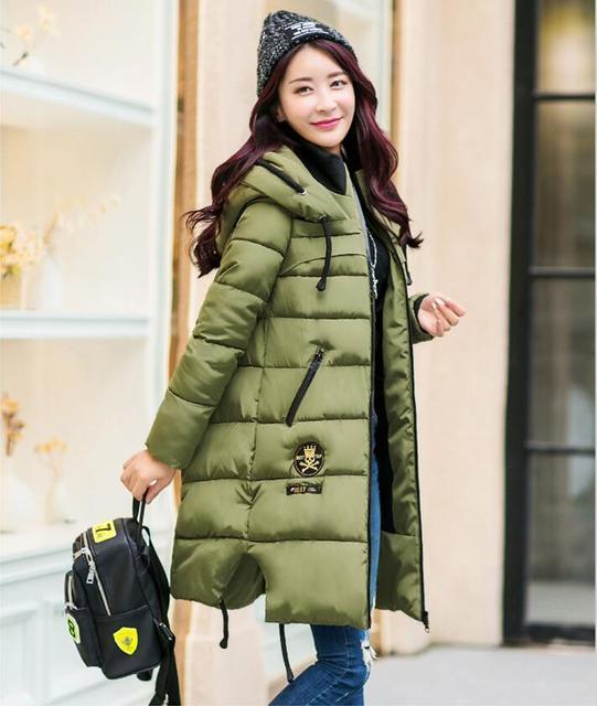 Espessamento inverno Mulheres Parkas Mulheres Amassado Para Baixo Outerwear Moda Algodão-acolchoado Jaqueta Casaco de Médio-longo Exército Verde