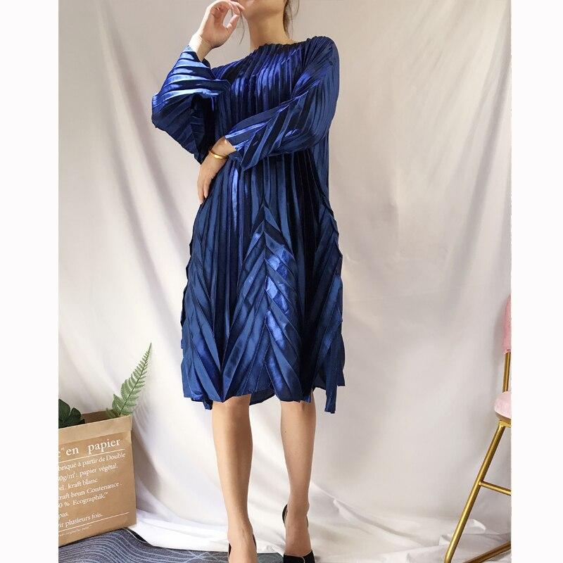 FREE SHIPPING Miyake fashion fold solid wrist sleeve slash neck Glossy fabric A Line dress IN STOCK