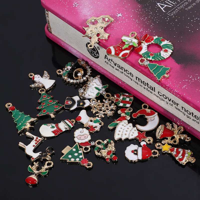 Engood 2018New 1Set (25Pcs) Christmas series Rhinestone Button for DIY earring Pendants or Hair Accessories BD59