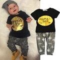 Мода Baby Boy Одежда С Коротким Рукавом Одежда для Новорожденных Наборы Детские Золото письмо Принт Футболка + Брюки 2 шт. Лето Baby Дети Костюм