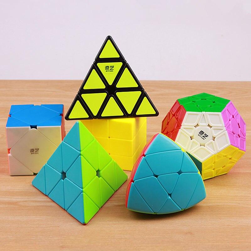 Qiyi megaminx puzzle magic speed cube pyraminx stickerless professionnel spécial forme pyramide miroir cubo magico gros