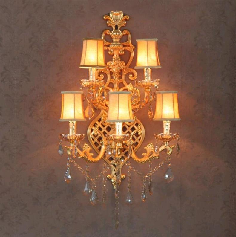 Obývací pokoj Velké zlaté nástěnné svítidlo Sconce 5-light ledové křišťálové nástěnné svítidlo pro foyer hotel vilu tradiční látkové stínové nástěnné svítidlo