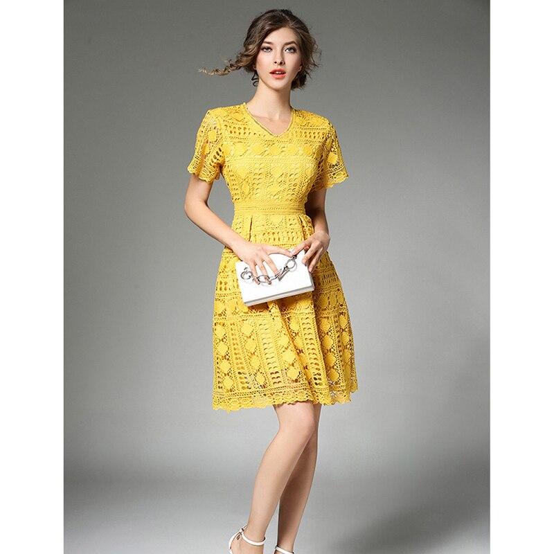 Machen Spot Europäischen High-end-Wasser Löslich Spitze Kleid V-ausschnitt Taille Kleid Temperament