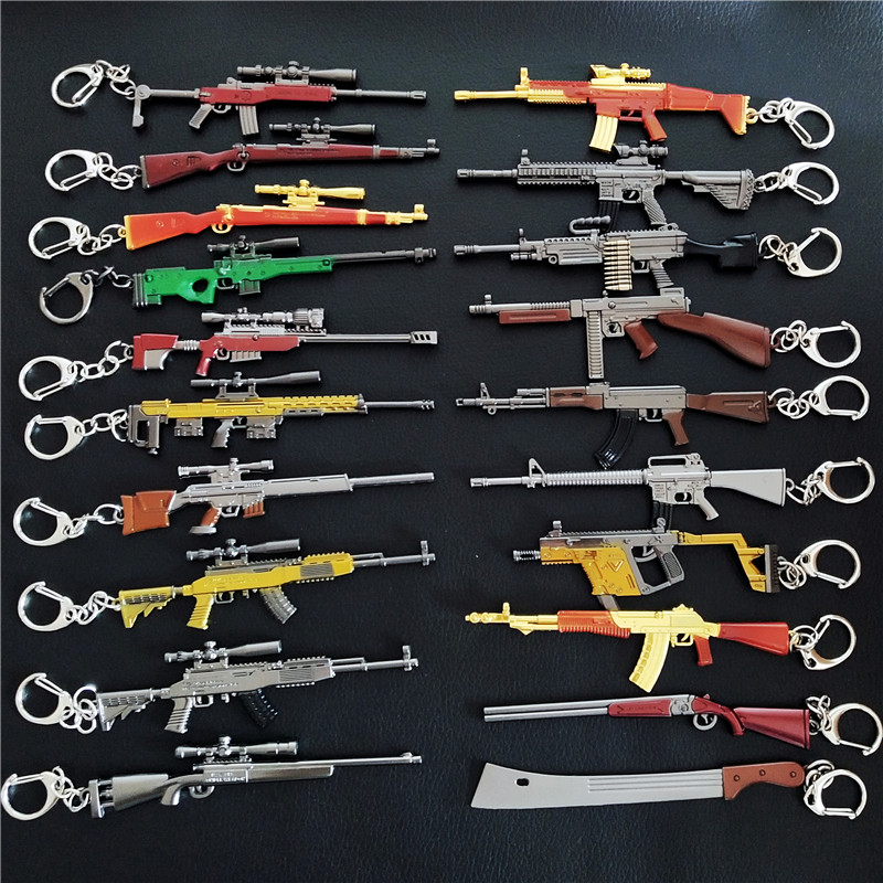 Game PLAYERUNKNOWN'S BATTLEGROUNDS Cosplay Costume Keychain Akm 98k Weapon Model Keychain PUBG Pan Helmet For Fan's Gift