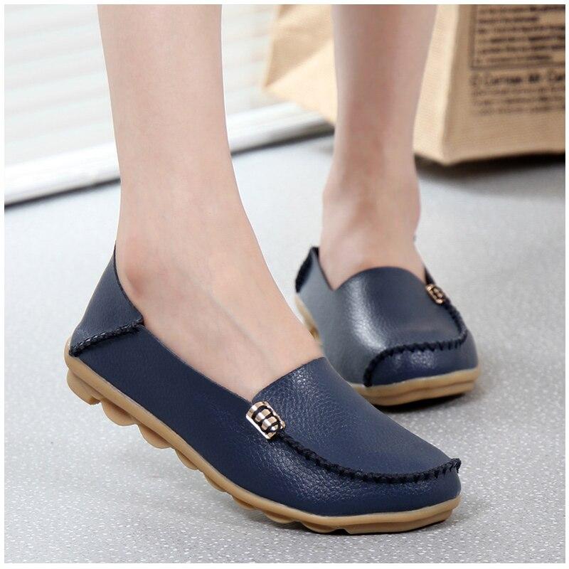 Zapatos planos de mujer de cuero genuino de moda KUIDFAR 2018 zapatos planos de mujer Casual mocasines de 16 colores mocasines de mujer