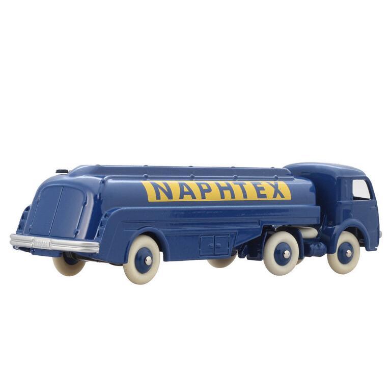 Купить с кэшбэком Atlas Dinky Toys 32CB Tracteur Panhard NAPHTEX SEMI REMORQUE TITAN Avec Tanker