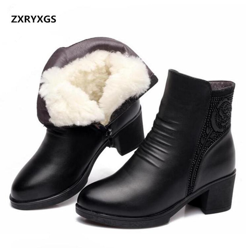 цена ZXRYXGS brand shoes Fashion Genuine Leather Boots Women Shoes Comfortable Thicken Warm Wool Boots Snow Boots Winter Women Boots
