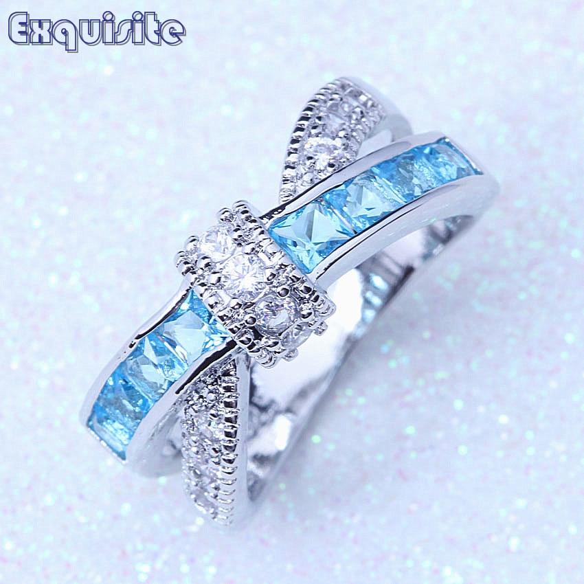 ed4498611706 Encanto de moda para las mujeres anillo de dedo mujer azul cielo de Zirconia  cúbica de plata 925 de cristal joyería de la boda Anillos De Compromiso A112