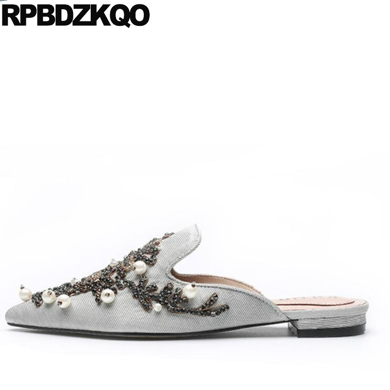 2018 Luxury Pearl Slippers Slides Blue Designer Flats Pointed Toe Mules Crystal Rhinestone Summer Women Dress Shoes Sandals flats slippers suede pink sandals mary jane genuine leather pointy summer slides designer shoes women luxury 2018 mules gray