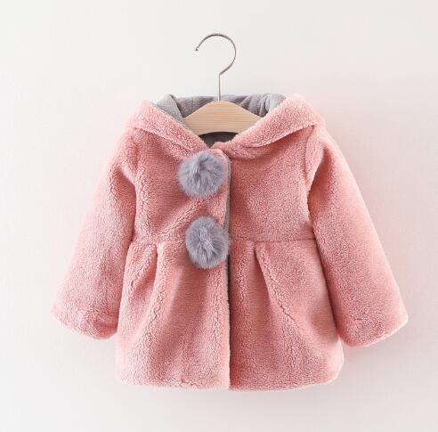 e2b5a5d28e1c0 Bébé Cartoon manteau 2019 printemps automne tenue mignon enfants filles  garçons chaud veste d extérieur enfants à capuche vêtements dans Vestes et  Manteaux ...