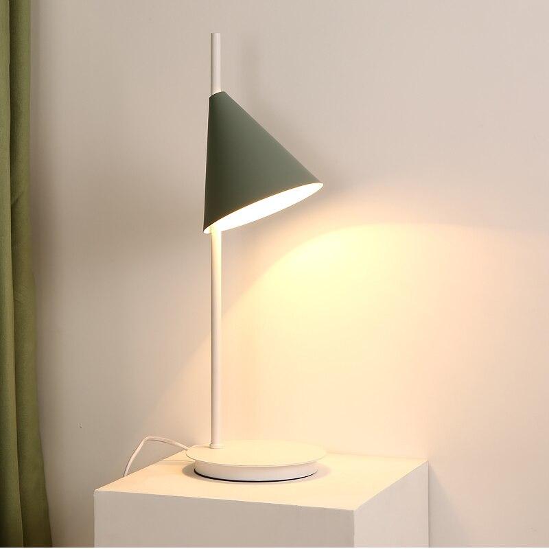 Nordic simple LED Table lamps designer New arrival macaron table light for study foyer bedroom lighting kids room reading lamp