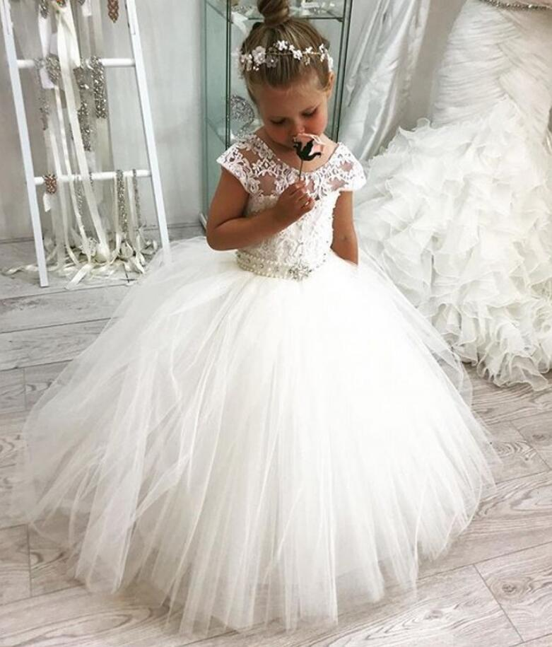 Cap Sleeves 2019 Flower Girl Dresses For Weddings Ball Gown Tulle Lace Pearls Long First Communion Dresses For Little Girls