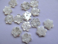 50pcs 8 10 12mm high quality MOP shell mother of pearl florial flowers petal white cabochons beads top hole