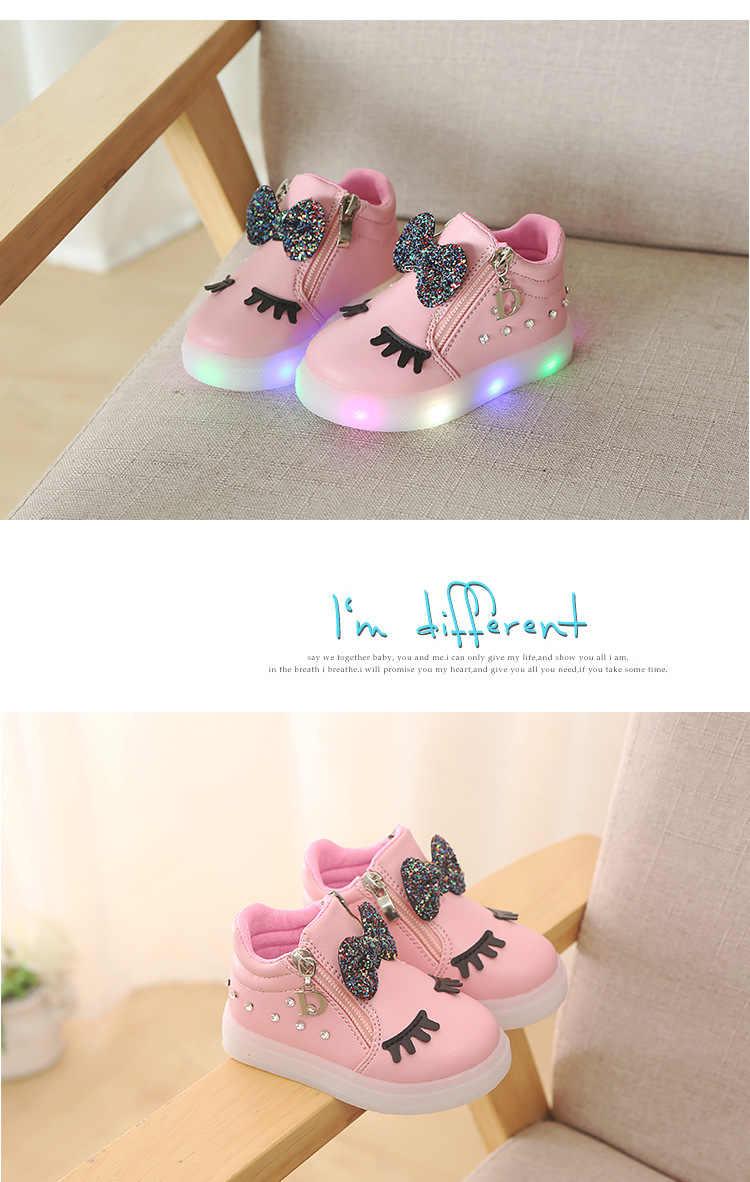 2019 Cartoon 1 tot 5 Jaar oude LED Verlichting Kids Mode Laarzen Strik Baby Meisjes Prinses Schoenen Lichtgevende Kinderen Sport schoenen