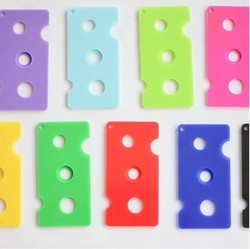 Cena hurtowa fabrycznie-7 kolorów OLEJEK ETERYCZNY brelok do kluczy do narzędzie do usuwania do 1 ml 2 ml 5 ml 10 ml -100 ml roletki i czapki butelka