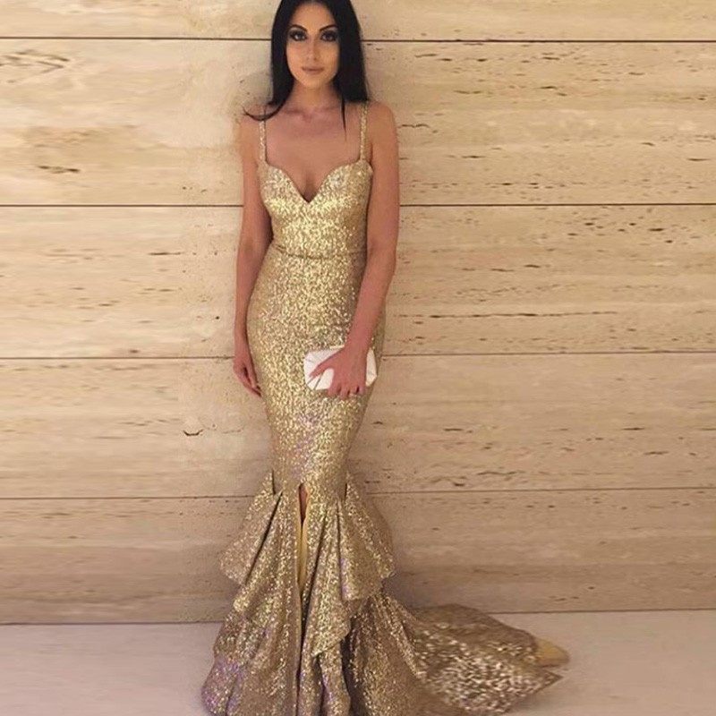 Sparkly Gold Sequin Mermaid Bridesmaid Dresses 2018 Front Split