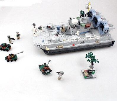GUDI 8027 Military Series Bison Hovercraft Minifigures