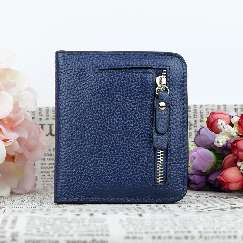 New Arrivals 100 Cowhide Magnetic Buckle Women Coin Purse 2018 Fashion Brand Design Litchi Pattern Women 39 s Wallet High Quality in Wallets from Luggage amp Bags