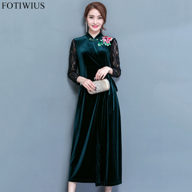 d27ed11a5f502 Winter Green Velvet Dress Women Long Sleeve Floral Embroidery Vintage Long  Maxi Dresses 2018 Spring Chinese Style Vestidos Mujer