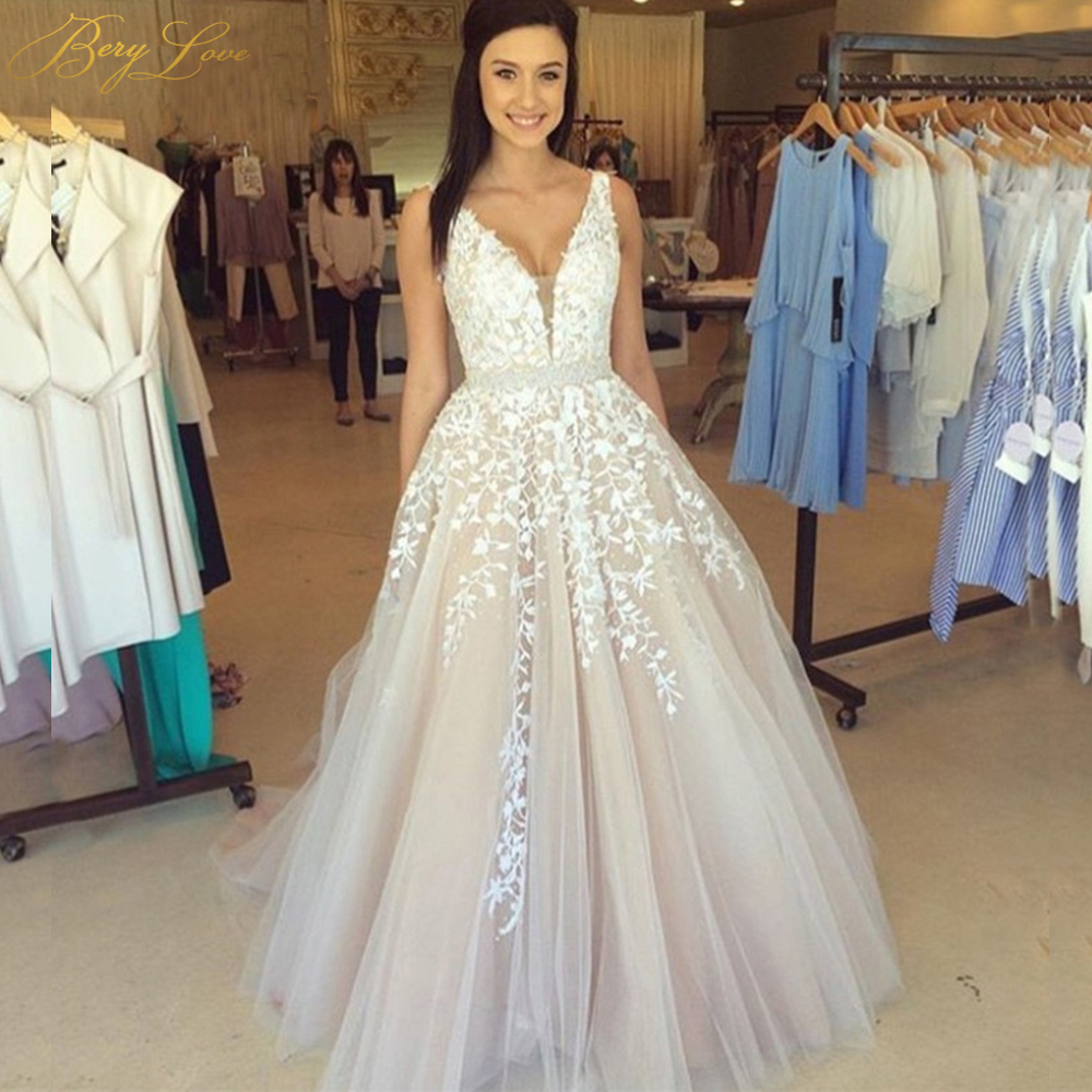 BeryLove Long Champagne Wedding Dress 2019 Beaded Lace Bridal Gown V Neck Crystal Belt Women Real