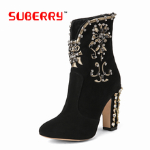2016 New Genuine Leather Fashion Boots Women Zipper Embroidered Square Heels Autumn Ankle Boots Sexy Handmade High Quality Shoes