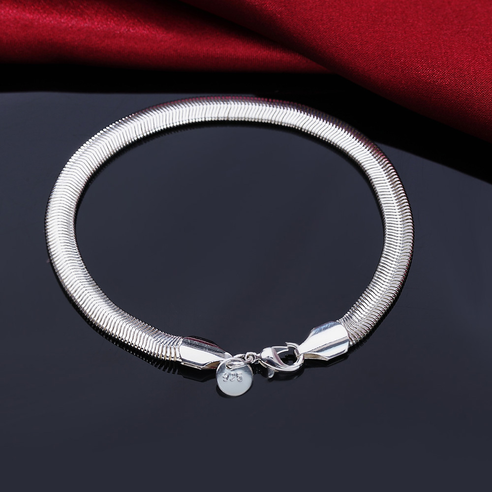 Fashion 925 Sterling Silver Jewelry And Wholesale High Quality Charming Unsex's Snake Chain Bracelet For Baby Women Gift