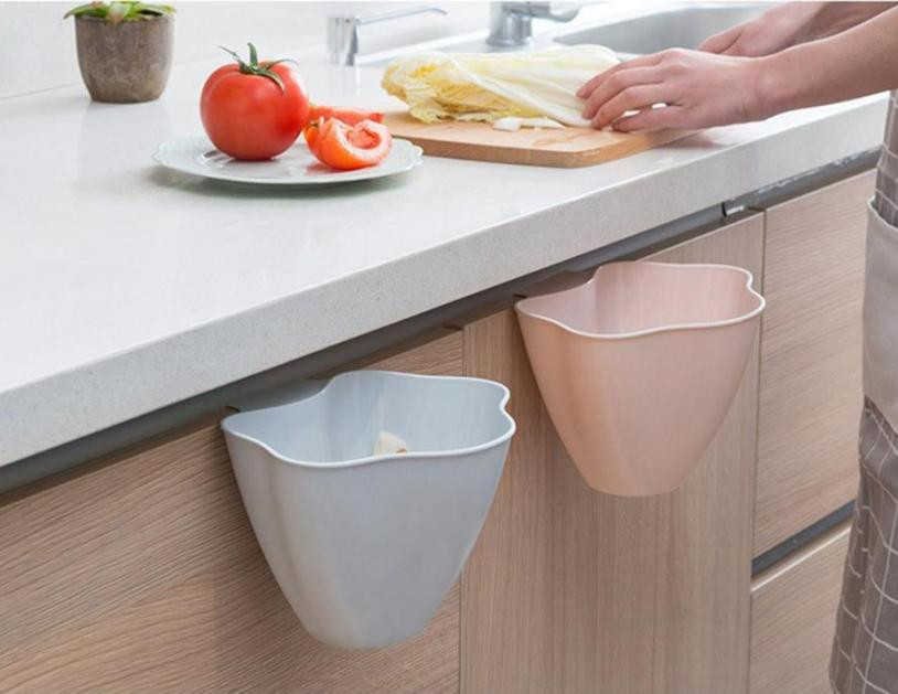 Kitchen Waste Basket Holder: NEW Creative Kitchen Trash Can Hanging / Debris Storage
