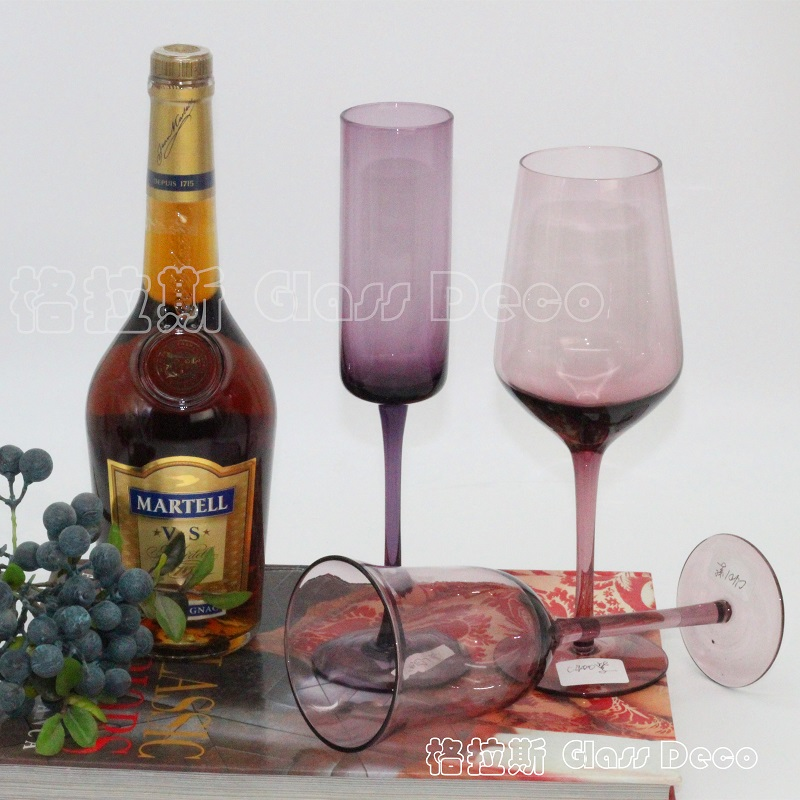 Purple red wine champagne  color bubble free glass goblet cup