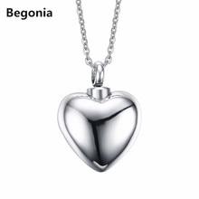 Retro Romantic Heart Pendant Stainless steel Lovers perfume bottle pendant necklaces for women wedding jewelry hot sale