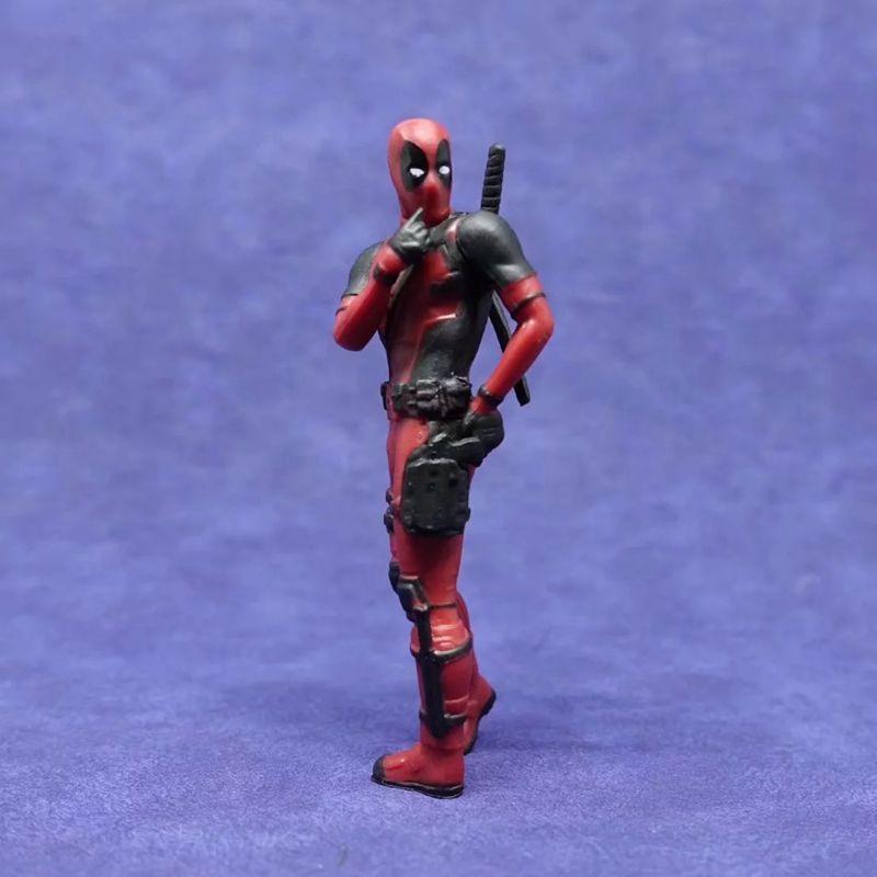 Deadpool 2 Thanos Action Figure Sitting Posture Model Mini Doll Collection Figur