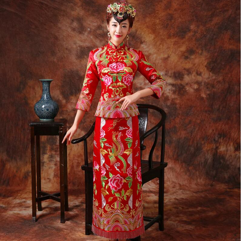 New Chinese dress suit brideclothing Embroidery Wedding Dress bride toast dress Vintage cheongsam wedding dress winter Brocad in Sets from Novelty Special Use