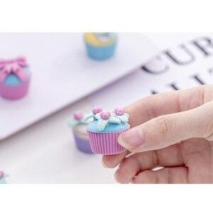 Image 4 - 10 set/lotto Sveglio Creativo di Fantasia Da Dessert Torta Eraser Set Studente di Cancelleria Gomma Regalo Per I Bambini