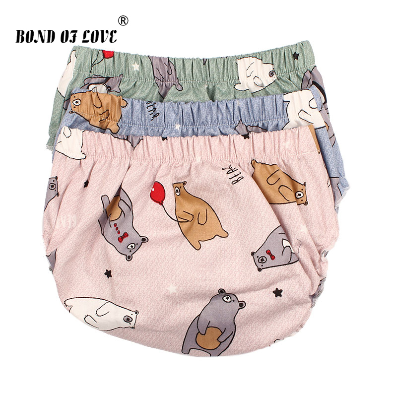 цена Baby Bloomers Cotton Shorts For Girls Boys PP Shorts Children Harem Short 3 Color Cartoon Bear Print Newborn Clothes