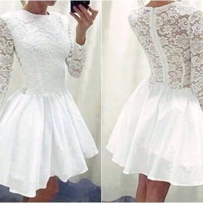 aaf9979790 Short A line Homecoming Dresses Scoop Lace Full Sleeve Graduation Dress For High  School Party Custom Made-in Evening Dresses from Weddings   Events on ...