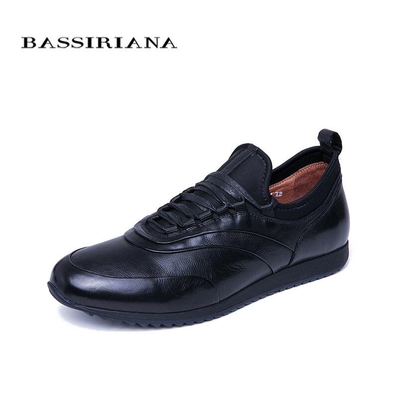 BASSIRIANA 2019 wiosna i jesień męska buty w stylu casual skóra naturalna mężczyźni buty wygodne rozmiar 39 45 w Męskie nieformalne buty od Buty na  Grupa 1